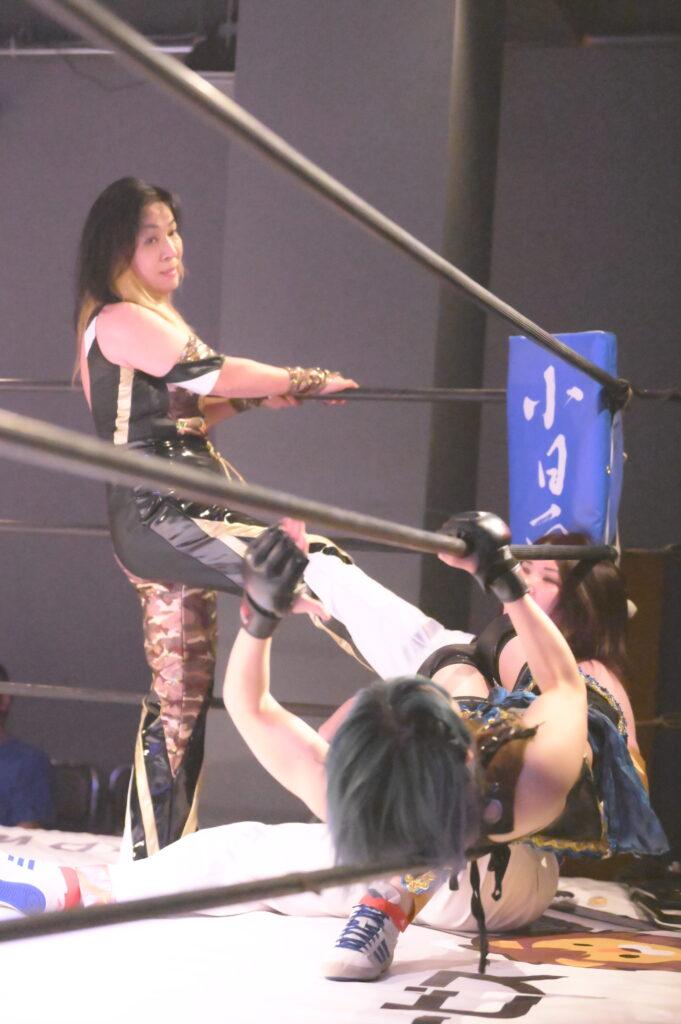ジャガー横田とマドレーヌによる攻撃